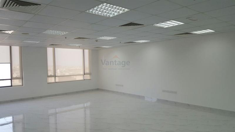 fully-fitted-large-office-in-jumeirah-village-circle