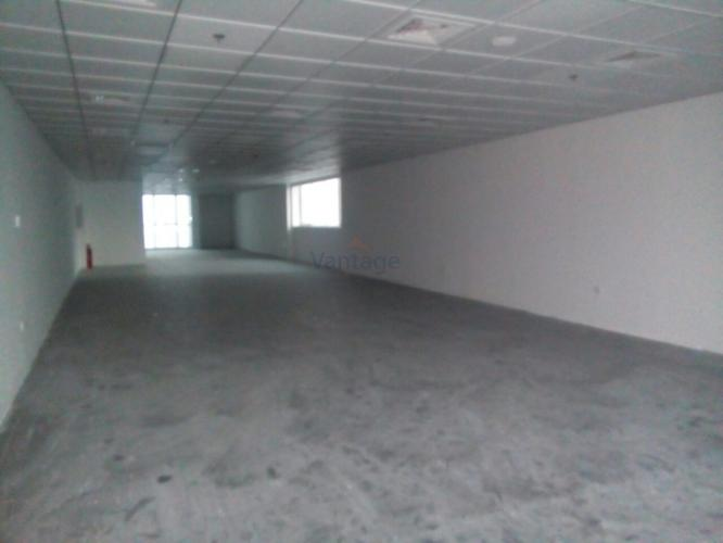 vacant-fitted-office-w-4-parking-in-exchange