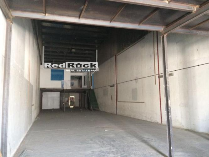 Al Quoz 5000 Sqft Warehouse With Mezzanine For Aed 200,000/Yr