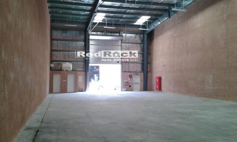 Tax Free 3900 Sqft Warehouse with Washroom & Pantry in Al Qusais