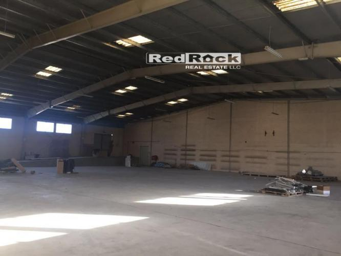Ideal for Building Material 20,000 Sqft Warehouse in Al Qouz Aed 720,000/Yr