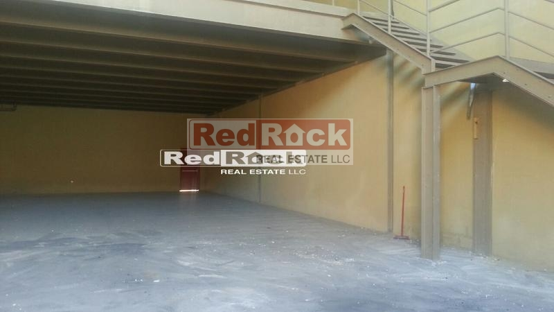 Off Umm Suqeim Road 3956 Sqft Warehouse for Aed 148,000/Yr