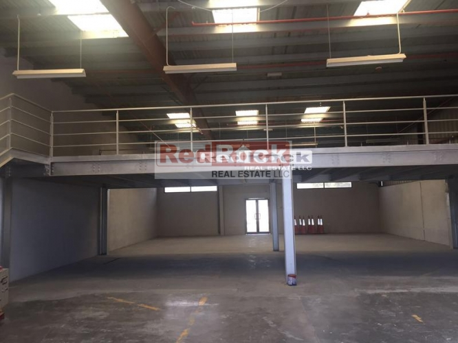 With Mezzanine 4000 Sqft Warehouse in Al Quoz for Aed 160,000 /Yr