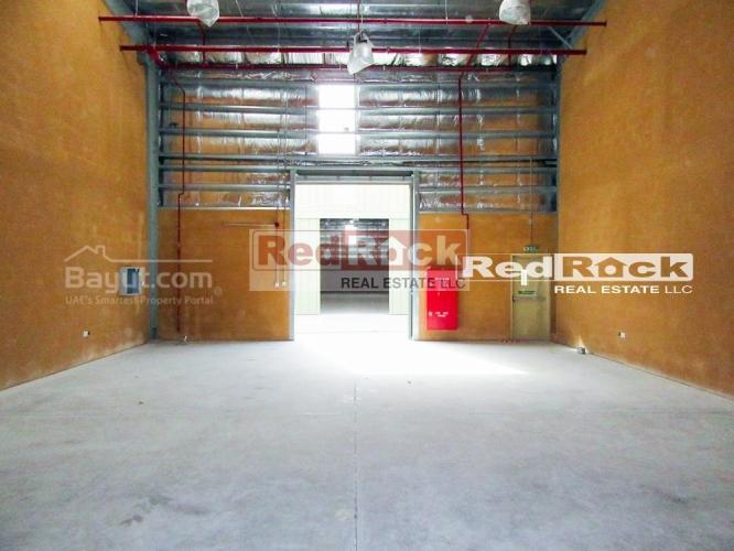 2050 Sqft Warehouse with 30 Days Grace in Ras Al Khor