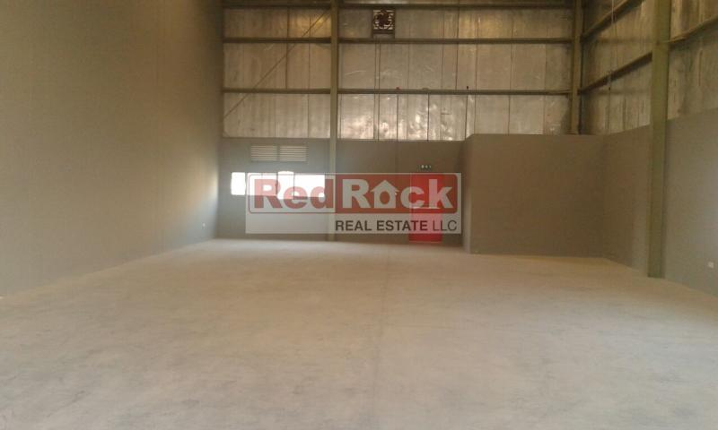 Fully Insulated 2543 Sqft Commercial Warehouse in DIP2 for Aed 250,000/Yr