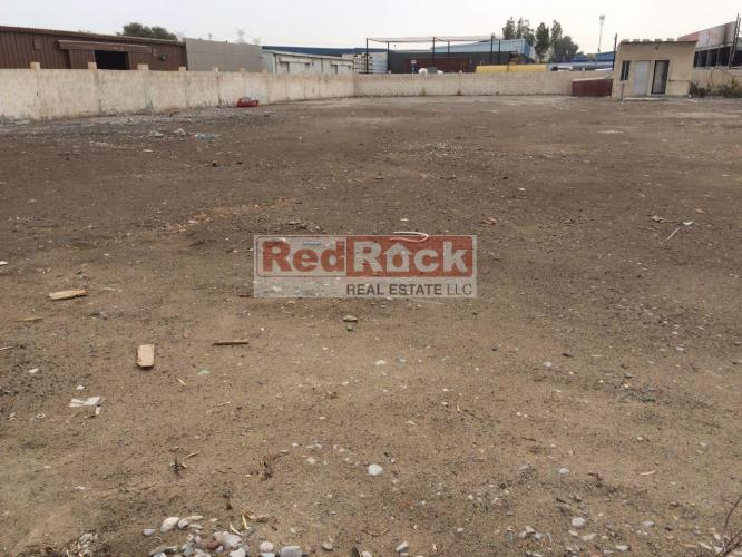 Al Quoz 30000 Sqft Independent Land for Storage Aed 500,000/Yr