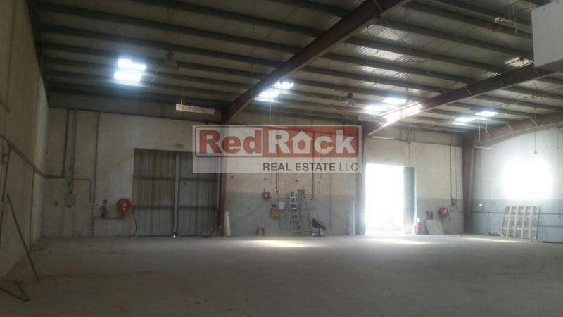 Ideal for Building Material 6800 Sqft Warehouse in Al Quoz