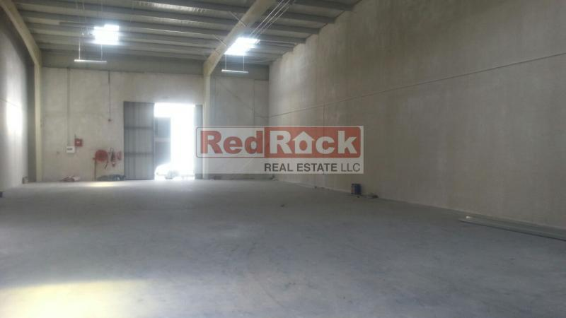 Renovated 3400 Sqft Warehouse Good for Logistics in Al Quoz 4