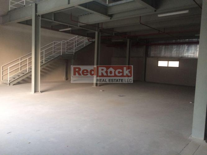 Tax Free Commercial 3300 Sqft Warehouse in Ras Al Khor @ Aed 165,000/Yr
