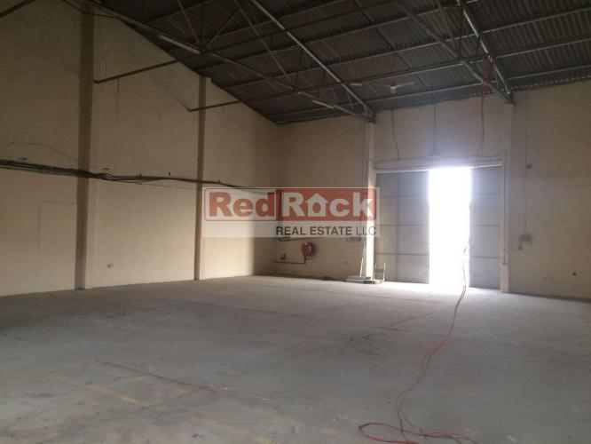 Suitable for General Goods 2700 Sqft Warehouse in Ras Al Khor