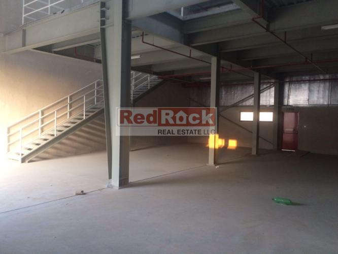 Tax Free 4000 Sqft Commercial Warehouse in Ras Al Khor @Aed 200,000/Yr