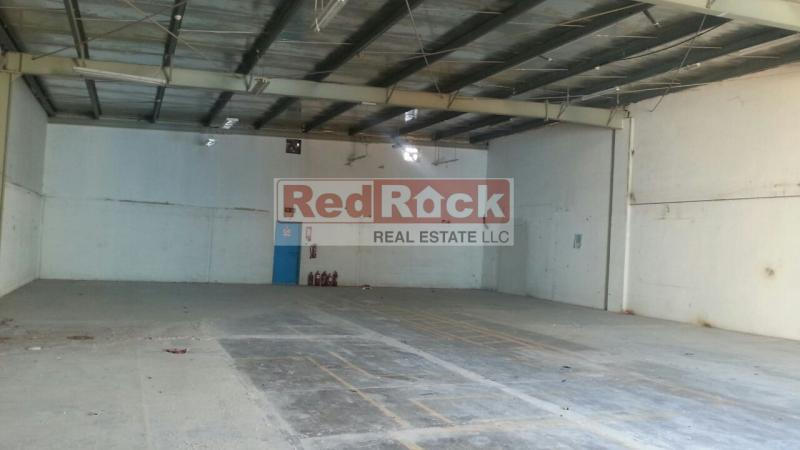 Road Facing 3700 Sqft Warehouse in Al Quoz for Aed 140K/Yr