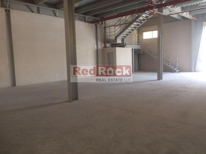 With Mezzanine 6336 Sqft Warehouse in Nad Al Hamar for Aed 290,000/Yr