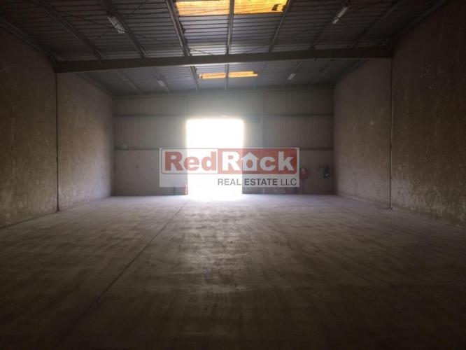 Commercial 2930 Sqft Warehouse in Ras Al Khor @Aed 125,000/Yr