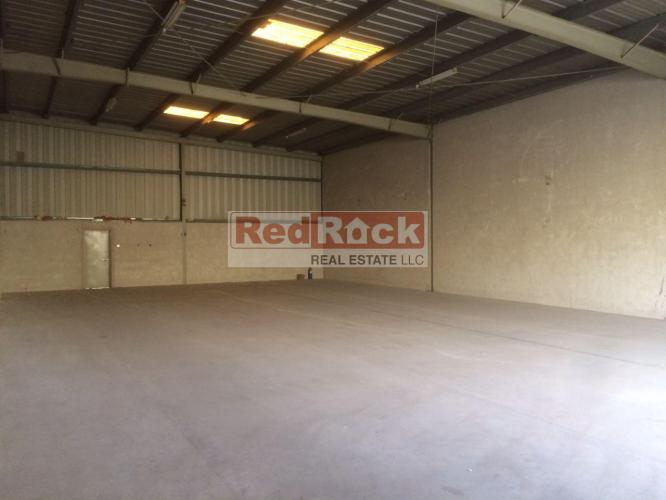 Clear Layout 2930 Sqft Warehouse in Ras Al Khor for Aed 125,000/Yr