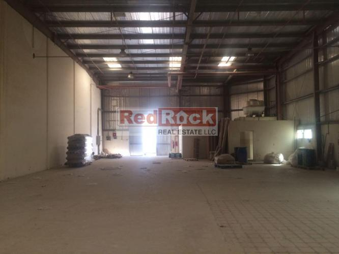 Commercial 4000 Sqft Warehouse in Good Location of DIP2