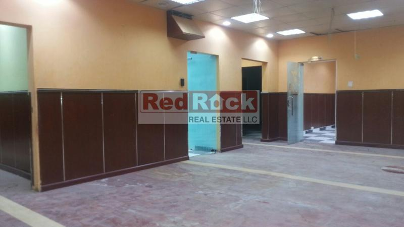 Tax Free 4000 Sqft Warehouse with Built in Offices in Al Quoz 1