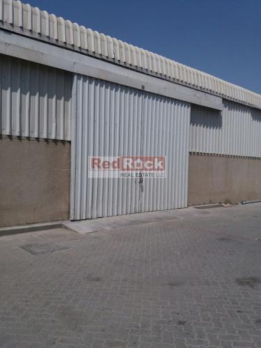Clean 7500 Sqft Warehouse With Sprinklers In Al Quoz For Aed 300,000/Yr