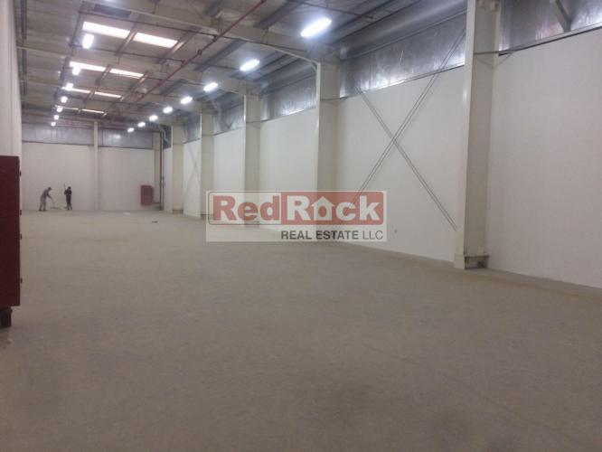 Clean 11,000 Sqft Warehouse in Ras Al Khor for Aed 484,000/Yr