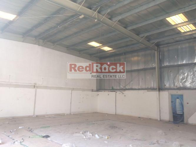 Insulated 2600 Sqft Warehouse in Al Qusais for Aed 120K/Yr