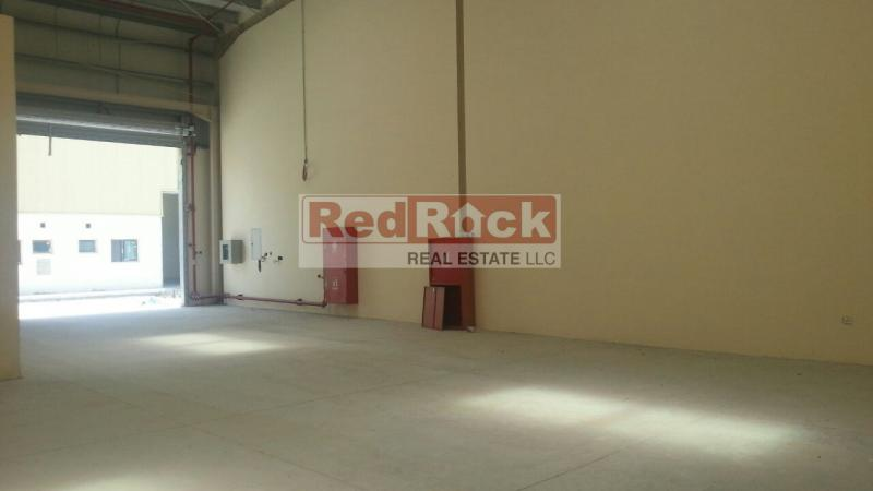 Great Location Corner 6200 Sqft Warehouse in Al Quoz for Aed 500,000/Yr