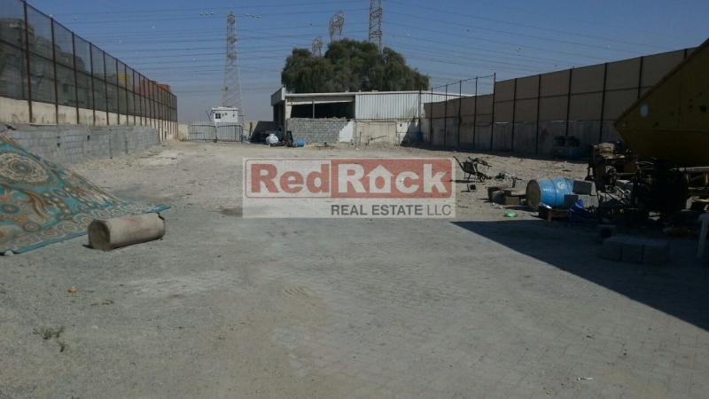 Independent 20,000 Sqft Industrial Land in Al Quoz for Aed 380,000/Yr