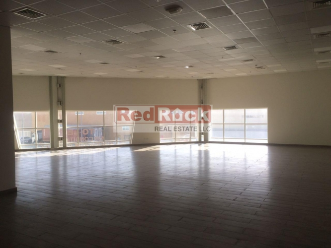 Ideal for Cosmetics and Pharma Warehouse with Office in Nad Al Hamar
