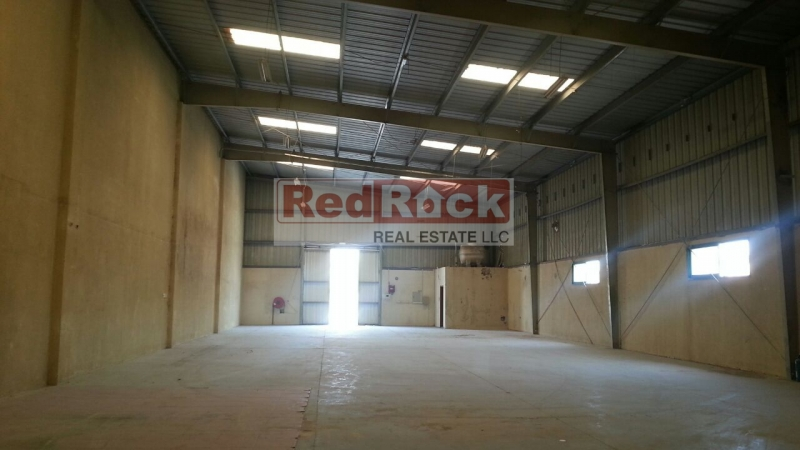 Road Facing 4450 Sqft Commercial Warehouse In Al Quoz
