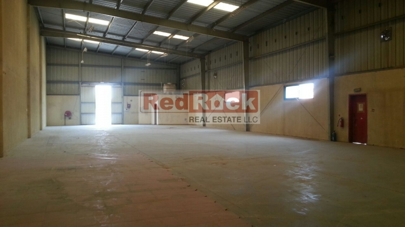 Clean 6000 Sqft Commercial Warehouse in Al Quoz