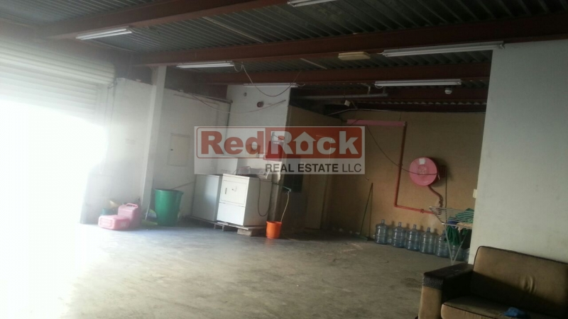 Commercial 2800 Sqft Warehouse cum Showroom in Al Quoz for Aed 110,000/Yr