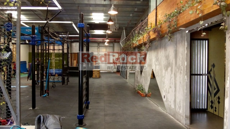Excellent Location 10,552 Sqft Warehouse with Office in Al Quoz