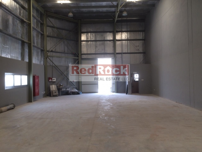 DIP Prime Location 2175 Sqft Warehouse for Aed 184,000/Yr