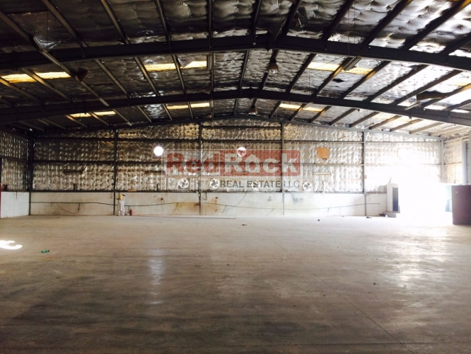 Al Jadaf 10,000 Sqft Warehouse Suitable for Ship Chandlers for Aed 320,000/Yr