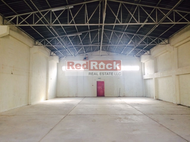 Commercial 3080 Sqft Warehouse in Ras Al Khor for Aed 135,000/Yr