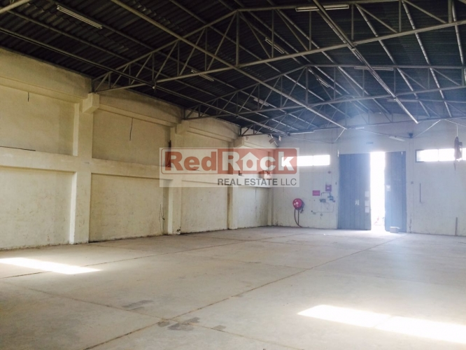 Aed 165,000 for 3700 Sqft Warehouse in Ras Al Khor