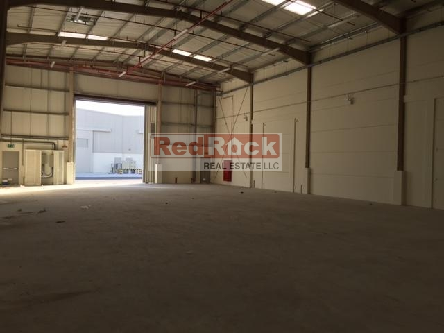 Industrial 11,395 Sqft Warehouse in DIC with Modern Amenities