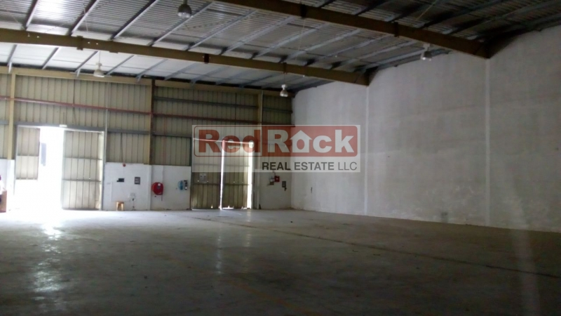 Al Quoz 5800 Sqft Tidy Warehouse with 42 KW Power