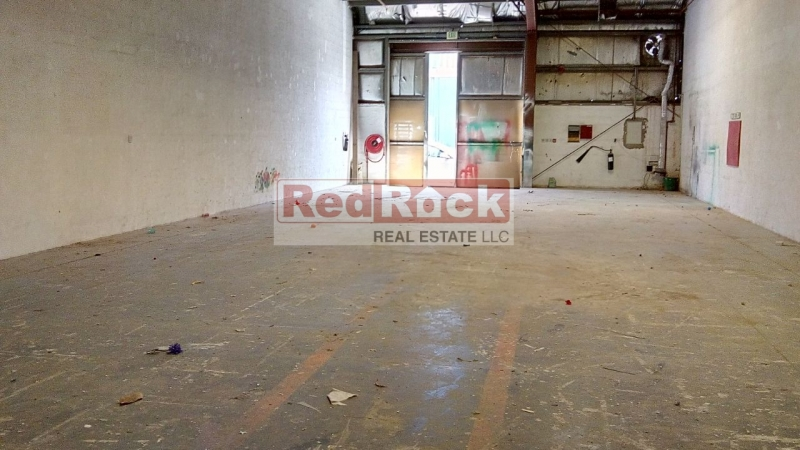 Near Oasis Mall 3000 Sqft Commercial Warehouse With Sprinkler System