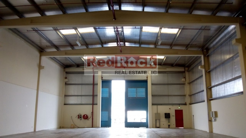 Tax Free 10,000 Sqft Insulated Warehouse in DIC for Aed 290,000/Yr