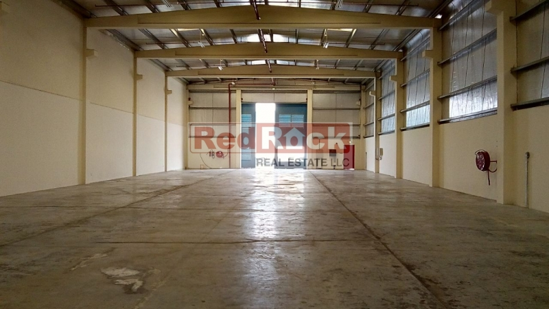 No Tax 10000 Sqft Insulated Warehouse In DIC For Aed 290,000/Yr