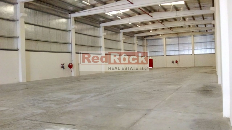 Pillar Free Layout 10,380 Sqft Insulated Warehouse in DIC