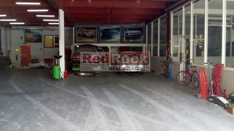 Excellent for Garage or Car Wash 12,600 Sqft in Al Quoz