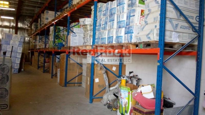 Near Al Quoz Mall 4142 Sqft Warehouse for Aed 150,000/Yr
