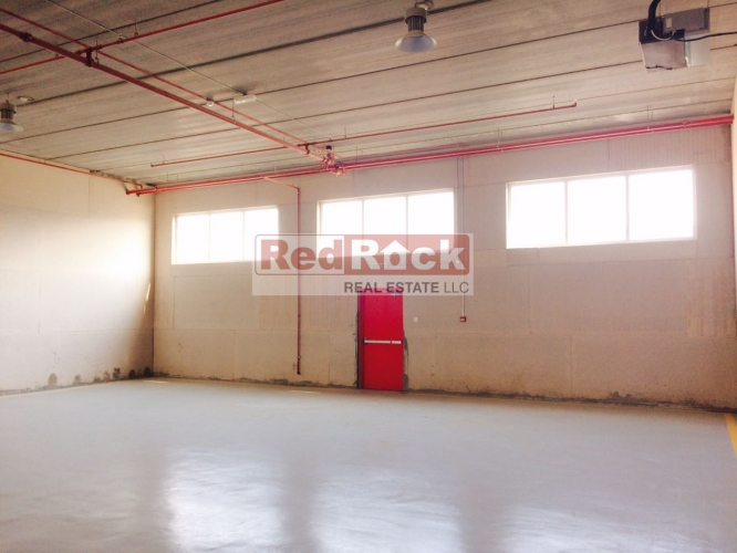 Insulated Clean 2500 Sqft Commercial Warehouse in Ras Al Khor