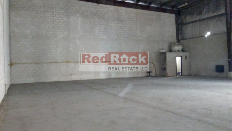 Prime Location 2386 Sqft Warehouse for Aed 90,000/Yr