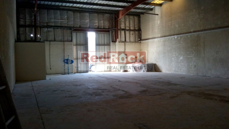 Clean Warehouse 2800 Sqft Good for Car Detailing in Al Quoz