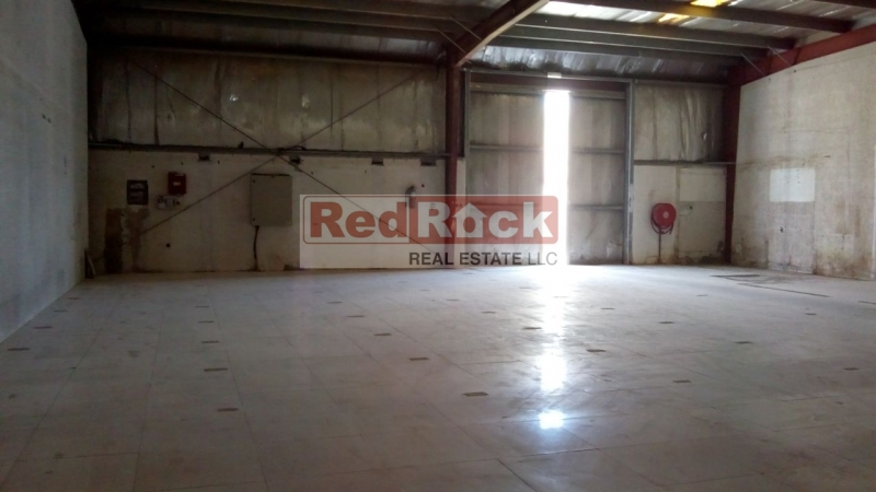 High Quality, Clean & Commercial 2709 Sqft Warehouse in Al Quoz