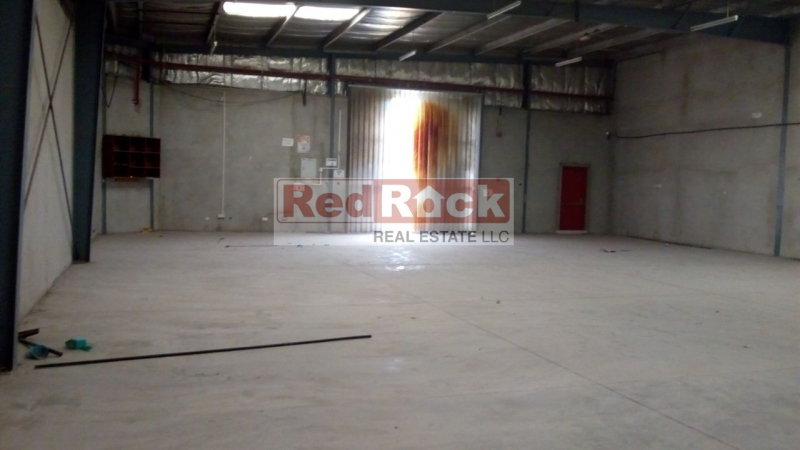 Top Quality 3300 Sqft Insulated Warehouse in Al Quoz