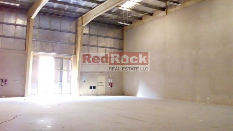 Commercial 3500 Sqft Insulated Warehouse in DIP