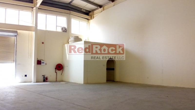 DIP 2550 Sqft Tidy Warehouse with Pantry & Washroom for Aed 102,000/Yr